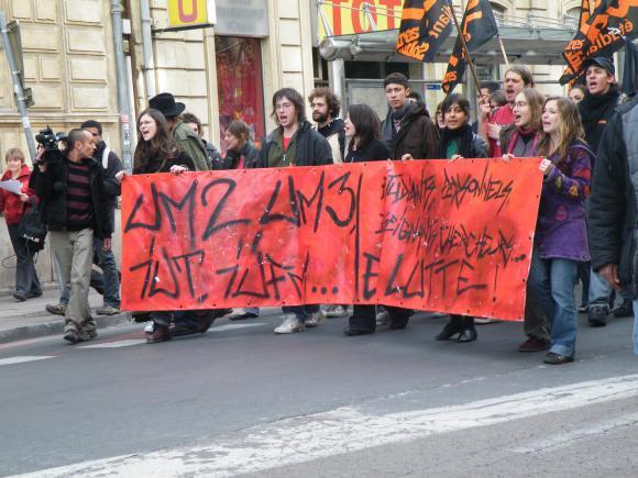 http://le-grand-duduche.cowblog.fr/images/articles2009/04.jpg